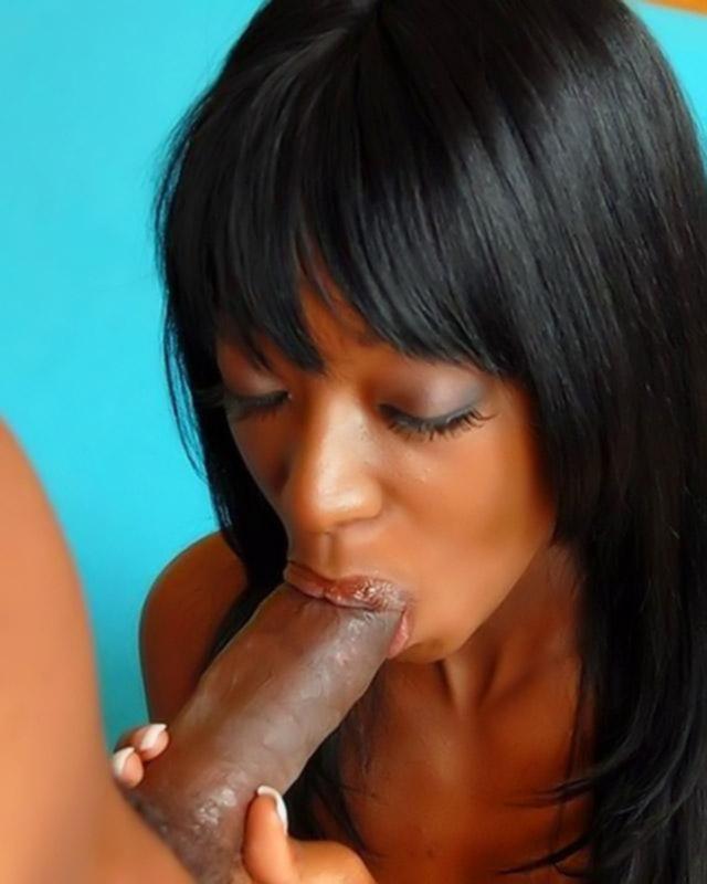 Групповой секс с темнокожими телками