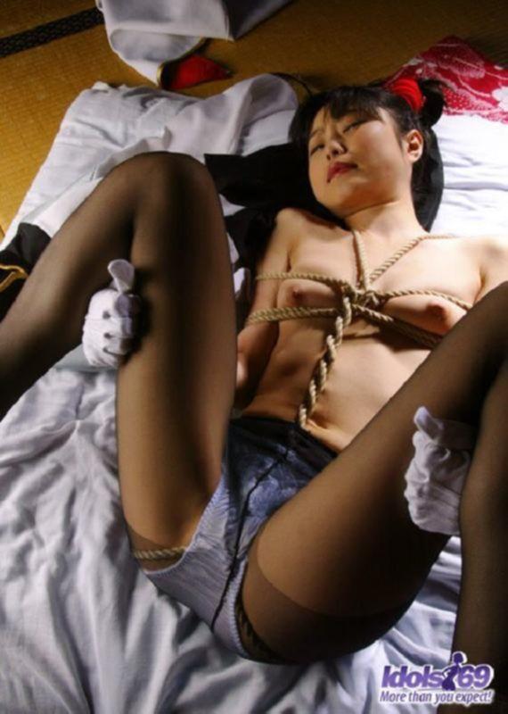 Порно фото грубой ебли с азиаткой