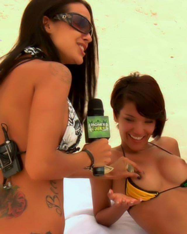 Внезапный публичный секс на пляже