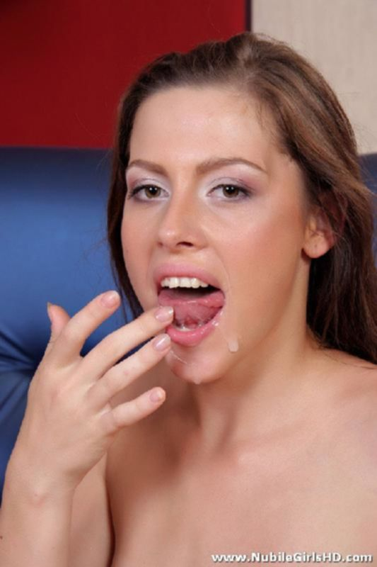 Глотает сперму после анального траха