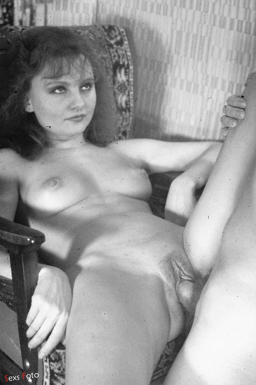 Ретро порно фото секс с окончанием в волосатую киску