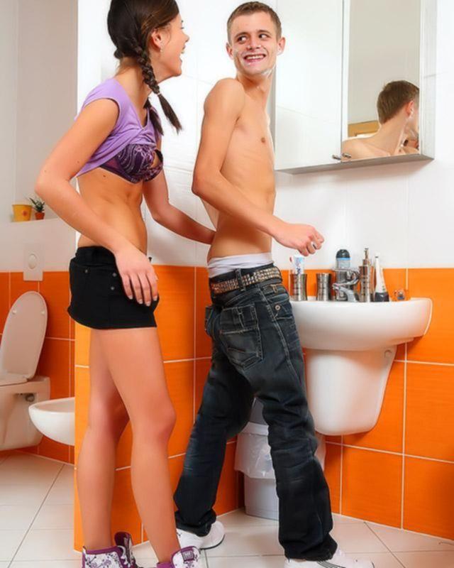 Лизочка показывает свои новые трусики молодому человеку, возбуждая и покоряя его член